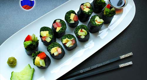Raw vegan kale sushi recipe by Live Love Raw