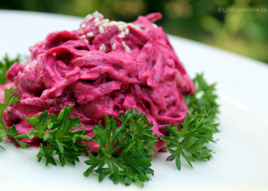 Raw beetroot in garlic cashew sauce recipe by Live Love Raw