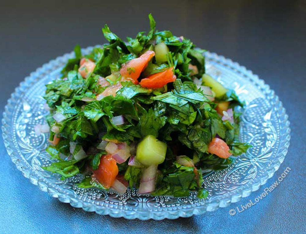 Lebanese Tabbouleh Salad (raw vegan version)