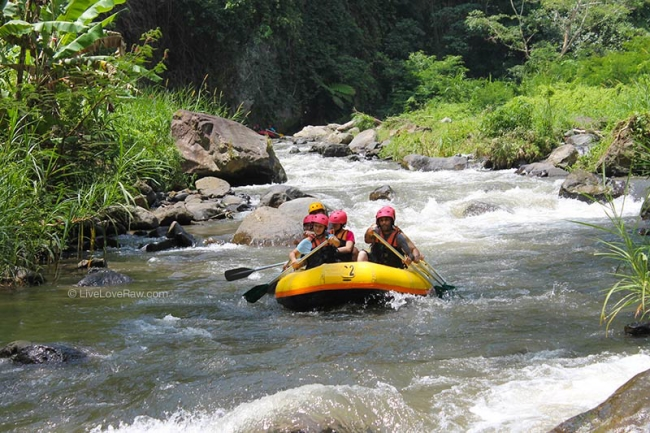Rafting in Bali, Indonesia, review of Telaga Waja and Ayung rivers