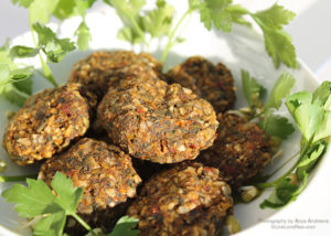 Raw vegan recipes by live love raw raw vegan dehydrated falafels forumfinder Image collections