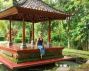 Anya Andreeva in Bali in sarong