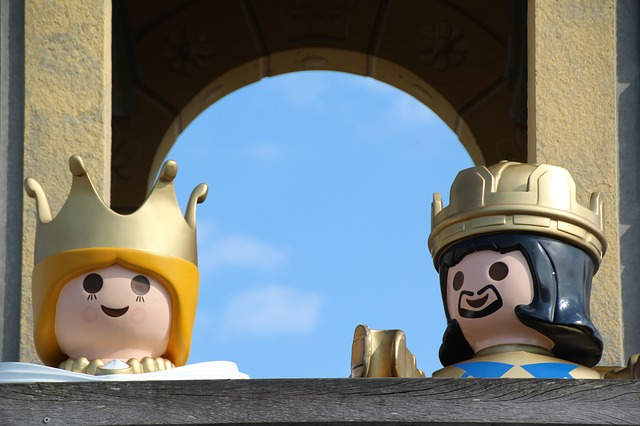 king and queen lego toys