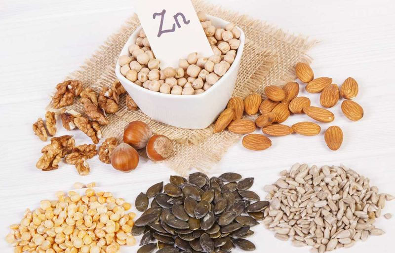 vegan foods high in zinc, pulses and nuts