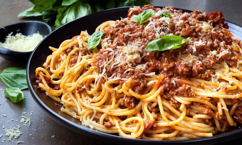 spaghetti bolognese with tofu
